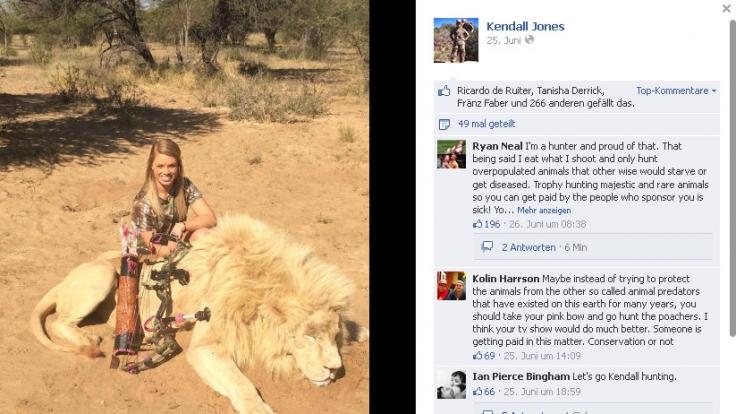 Dieser Löwe sei die Beute ihres Lebens gewesen, schreibt Kendall Jones auf Facebook.