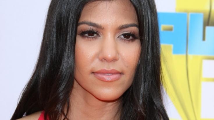 Kourtney Kardashian lädt mit Schwester Kendall zur Popo-Parade. (Foto)