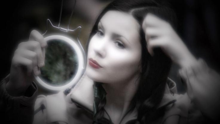 Nathalie Volk gibt sich im RTL-Dschungelcamp bislang noch züchtig.