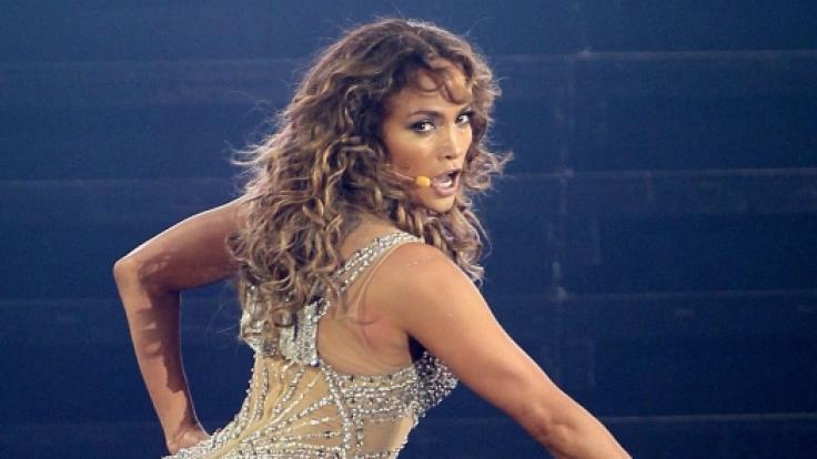 Jennifer Lopez zeigt sich sexy im Bikini. (Foto)