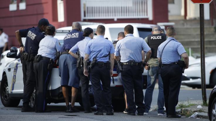 Die Polizei in Philadelphia konnte nach einer Schießerei mit acht Verletzten eine Festnahme vermelden (Symbolbild).