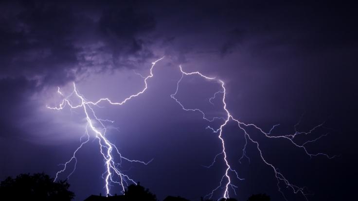 35 Menschen starben auf einem Fußballplatz durch einen Blitzschlag. (Foto)