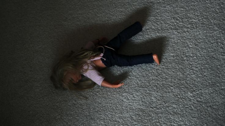 Für die unvorstellbare Misshandlung ihres fünfjährigen Stiefsohnes muss eine 37 Jahre alte Frau aus Texas ins Gefängnis (Symbolbild).
