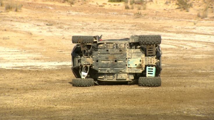 Ein Buggy-Unfall beim Gruppendate war nicht das einzige unglückliche Ereignis.