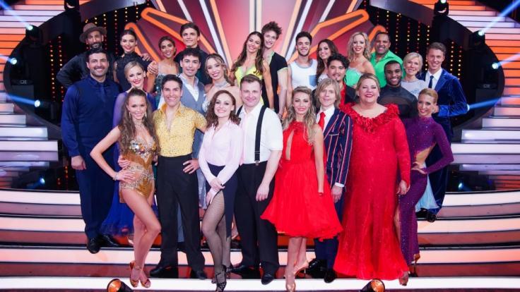 13 Promis tanzen in Show 2 um den Einzug in die nächste Runde. (Foto)