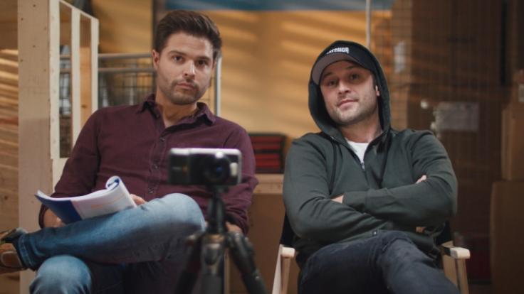 """Daniel (links) und Ben wollen in """"Skin Creepers"""" den geilsten Erotikfilm aller Zeiten drehen. (Foto)"""