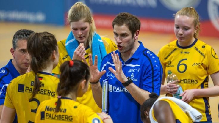 Felix Kowalski ist der Trainer der deutschen Frauen-Mannschaft.