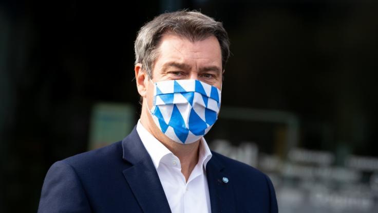 Angesichts steigender Corona-Zahlen fordert Bayerns Ministerpräsident Söder höhere Strafen für Maskenverweigerer. (Foto)