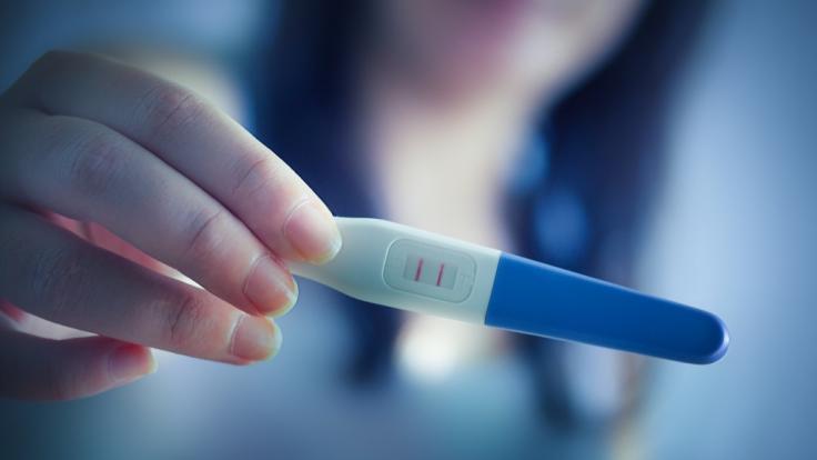 Die Teenie-Mutter ist offenbar zum zweiten Mal schwanger. (Foto)