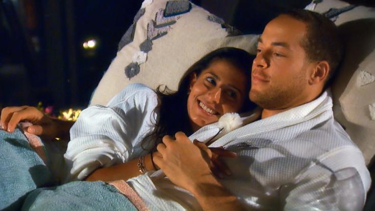 Bei ihrem romantischen Date erleben Eva und Andrej eine böse Überraschung. (Foto)
