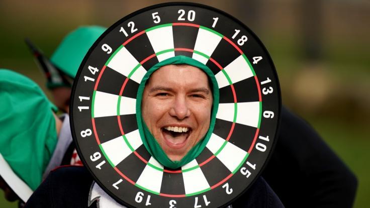 Endlich wieder Darts: Beim World Grand Prix 2021 in Leicester trifft sich die Darts-Elite, um vom 3. bis 9. Oktober den neuen Champion zu krönen. (Foto)
