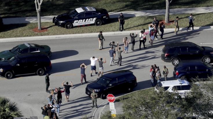 Ein Amoklauf an einer Schule in Florida fordert 17 Todesopfer. (Foto)