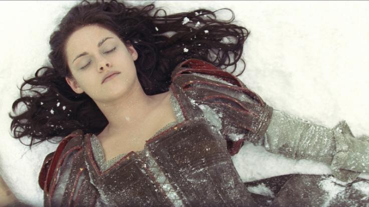 Kristen Stewart in der Rolle der schönen Königstochter Schneewittchen. (Foto)