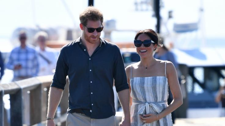Prinz Harry, Herzog von Sussex, und seine Frau Meghan bei ihrem Besuch auf Fraser Island.