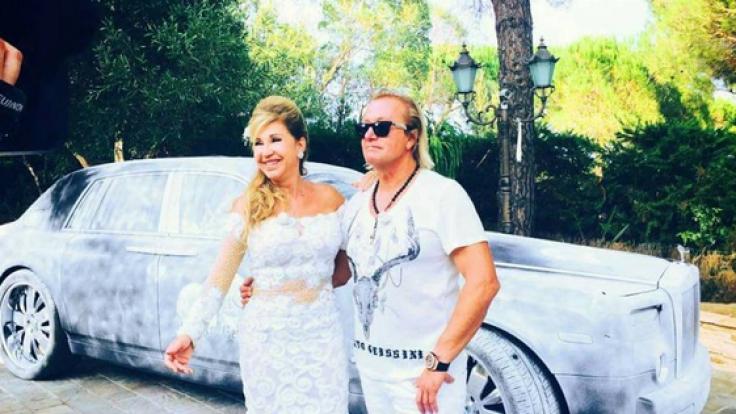 Wie Braut und Bräutigam: Carmen und Robert Geiss bei der Geburtstagsparty ihrer Tochter Shania. (Foto)