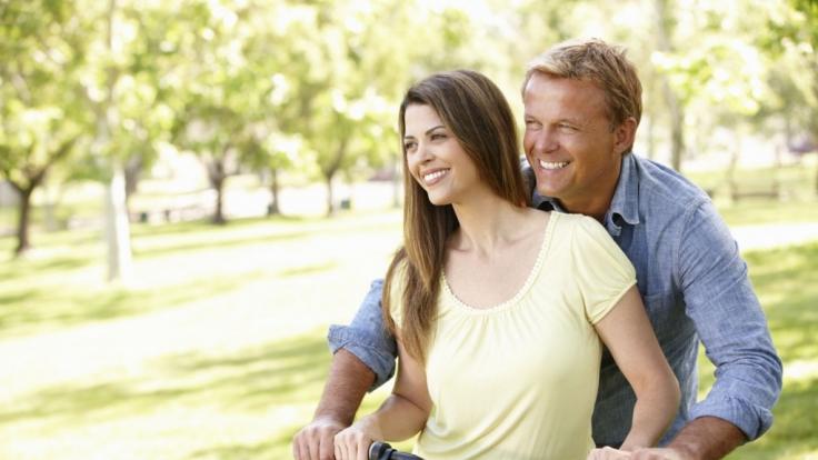 Lebenslust, Leistungskraft und Libido sind für Männer über 40 genauso wichtig wie in jüngeren Jahren. Doch ein Testosteronmangel kann die Lebensqualität einschränken.
