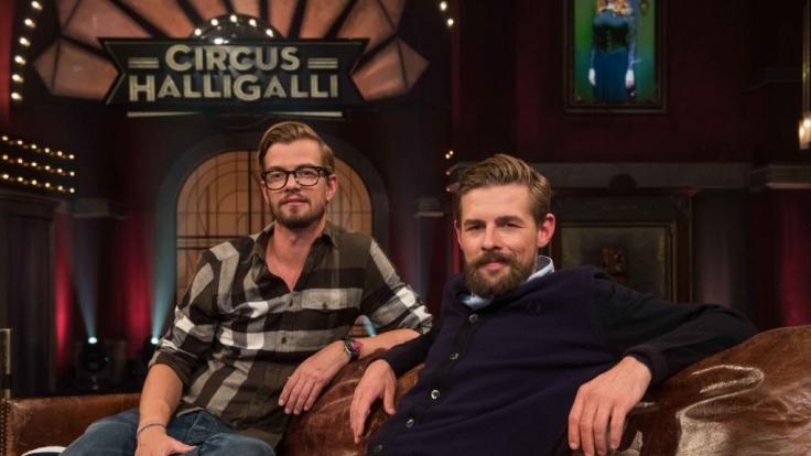 """Joko Winterscheidt (li.) und Klaas Heufer-Umlauf moderieren am 20.06.2017 zum letzten Mal ihre Show """"Circus Halligalli"""". (Foto)"""