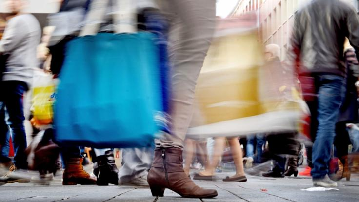 Am Sonntag, den 5. August, können Sie in diversen Städten nach Herzenslust shoppen.