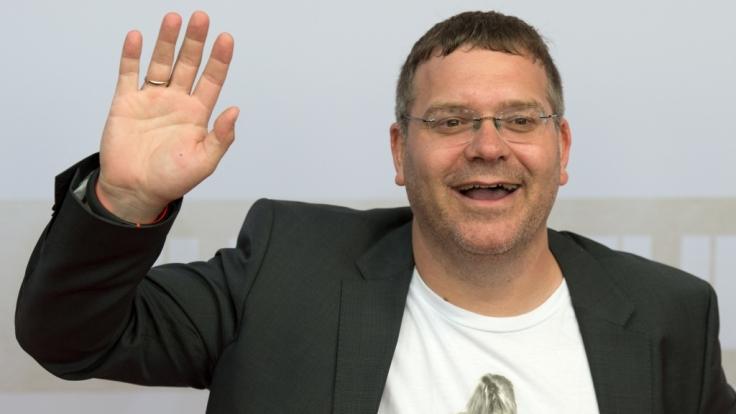 """Elton verletzt sich bei """"Schlag den Star"""". (Foto)"""