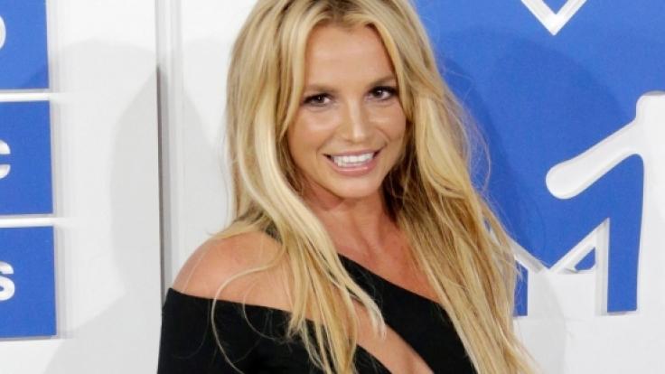 Was sagen Sie zu Britneys Bikini-Video? (Foto)