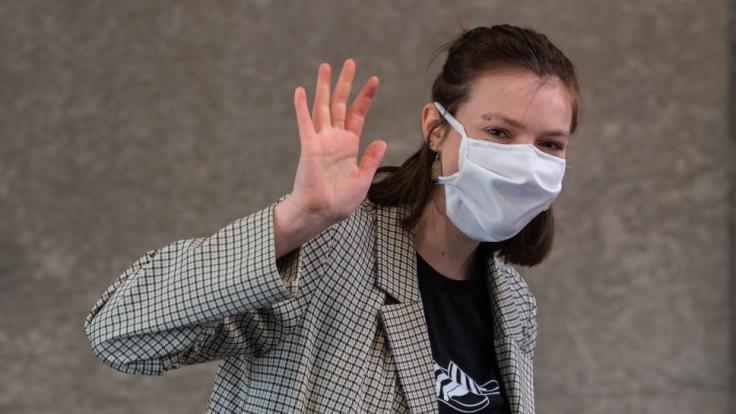 Das Tragen von Mund-Nase-Masken ist in Sachsen und Bayern im Kampf gegen das Coronavirus bereits zur Pflicht erhoben worden.