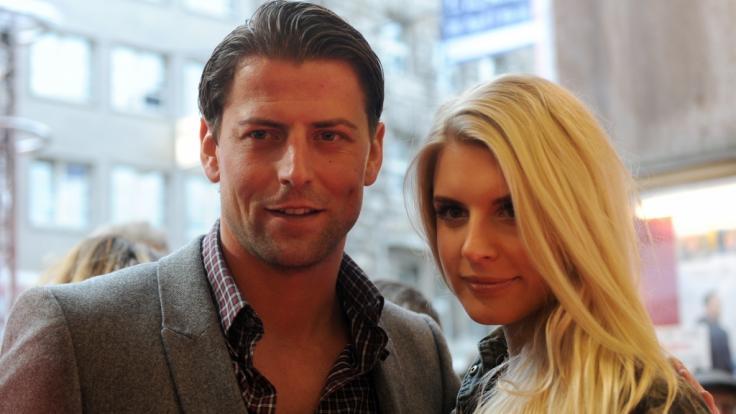 Roman Weidenfeller mit seiner späteren Frau Lisa Weidenfeller bei einer Filmpremiere im Jahr 2013. (Foto)