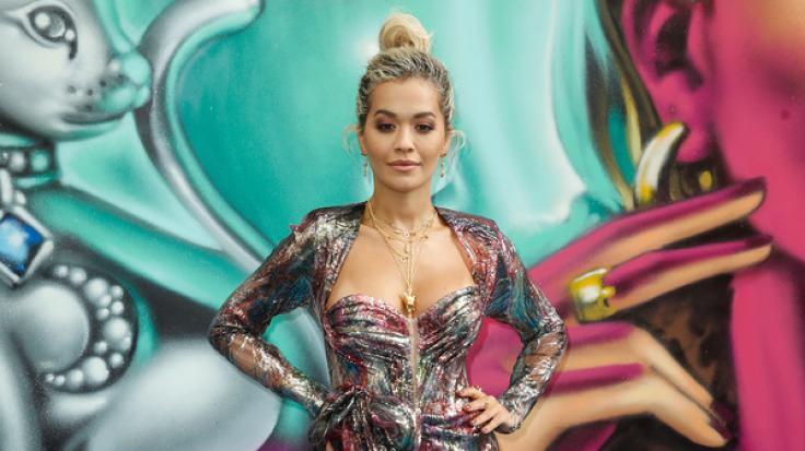 Rita Ora sorgte im transparenten Body mal wieder für Schnappatmung bei ihren Instagram-Fans.