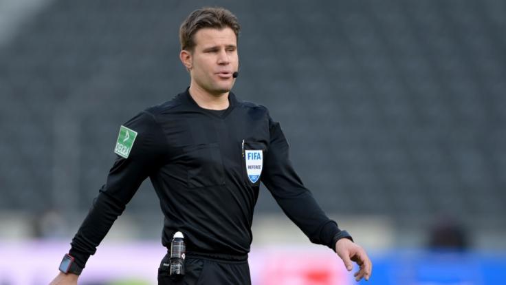 Wie lebt Schiedsrichter Felix Brych privat? (Foto)