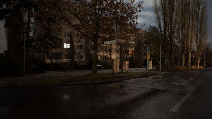Ein massiver Stromausfall hüllt die Berliner Stadtteile Lichtenberg und Köpenick seit Dienstagnachmittag in Finsternis. (Foto)