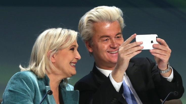 Geert Wilders und Marine Le Pen (links) während einer ENF-Konferenz in Milan, Italien, am 29. Januar 2016.