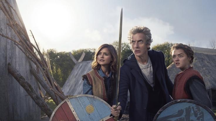 """Ashildr (gespielt von """"Game of Thrones""""-Star Maisie Williams) trifft immer wieder auf den Doktor und seinen Companion. (Foto)"""
