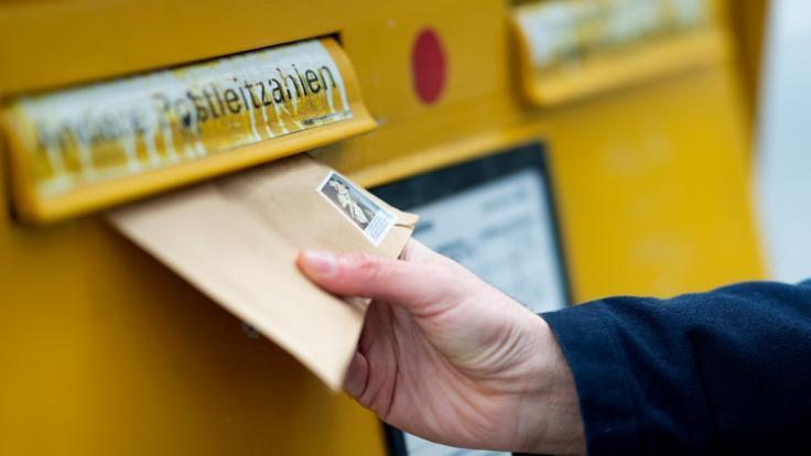 Das Briefporto wird deutlich steigen. (Foto)