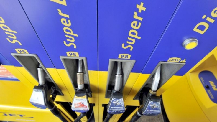 Der Preis für einen Liter Benzin hat verschiedene Bestandteile.