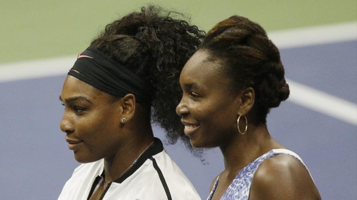 Der Tennis-Star mit seiner Schwester Venus Williams.