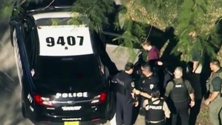 Polizisten konnten den 19-jährigen Täter festnehmen. (Foto)