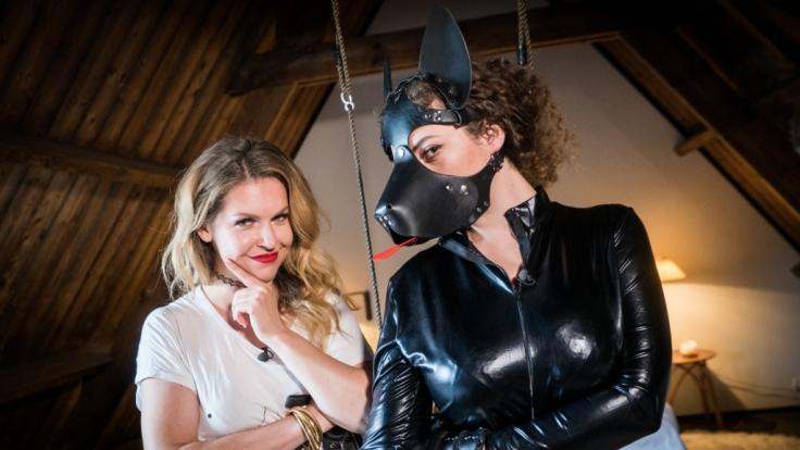 """Ines Anioli und Leila Lowfire kennen in """"Vendetta Lametta"""" keine Gnade. (Foto)"""