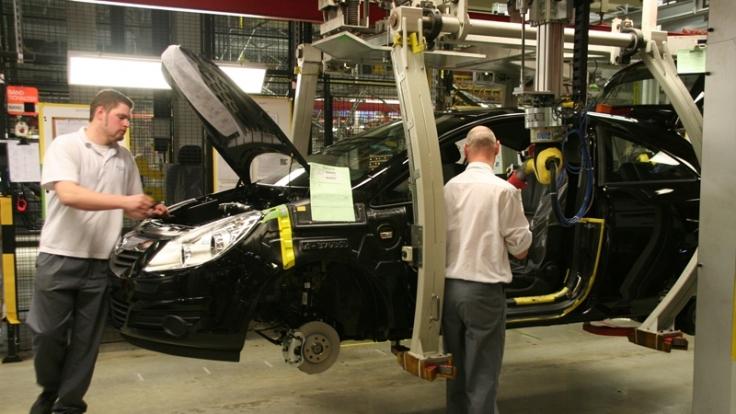 Bei Opel in Eisenach werden derzeit Sonderschichten gefahren. (Foto)
