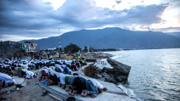 Schon im vergangenen Jahr erschütterte ein schweres Erdbeben die Küste Indonesiens. (Foto)