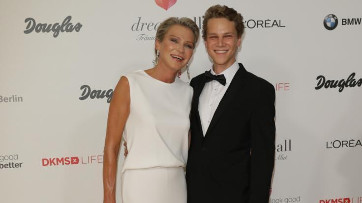 Stephanie Gräfin von Pfuel trauert um ihren Sohn Charly, der mit nur 26 jahren starb. (Foto)