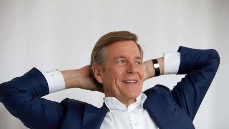 """Claus Kleber moderiert seit 19 Jahren das """"heute-journal"""" im ZDF. Doch Ende 2021 ist damit Schluss. (Foto)"""