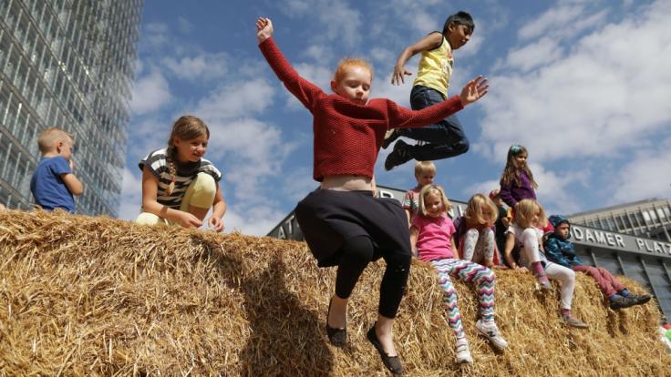 Der Weltkindertag ist in Thüringen zum gesetzlichen Feiertag erklärt worden.