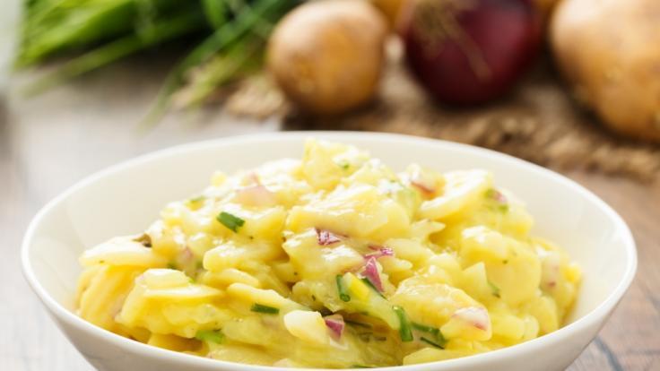 Nach dem Fund von metallischen Fremdkörpern wird Kartoffelsalat der Marke