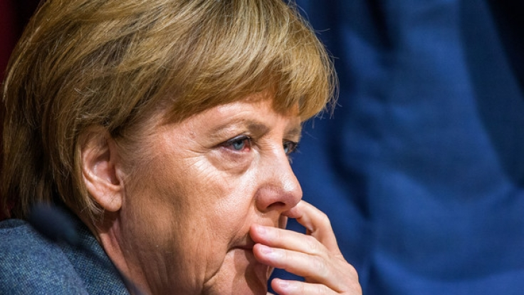 Wenn es nach der SPD geht, ist die Zeit von Angela Merkel als Bundeskanzlerin abgelaufen - Parteichef Sigmar Gabriel steht schon in den Startlöchern für die Wahl.