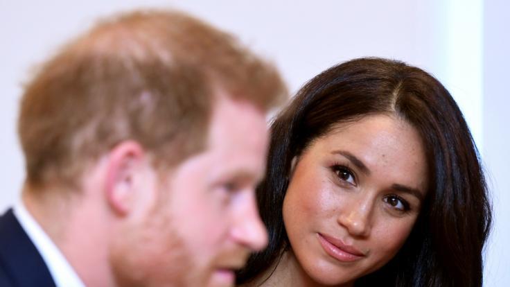 """Prinz Harry und Meghan Markle dürften ihren Markennamen """"Sussex Royal"""" nicht mehr benutzen. (Foto)"""