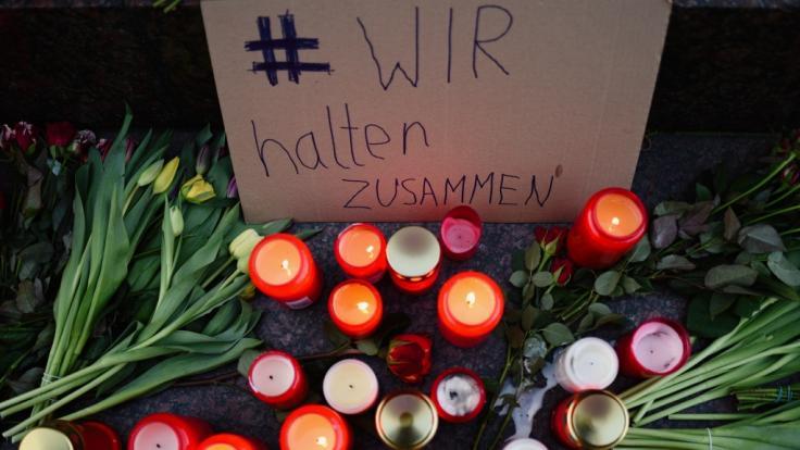 Die Stadt Hanau bereitet eine zentrale Trauerfeier für die Anschlagsopfer vor.