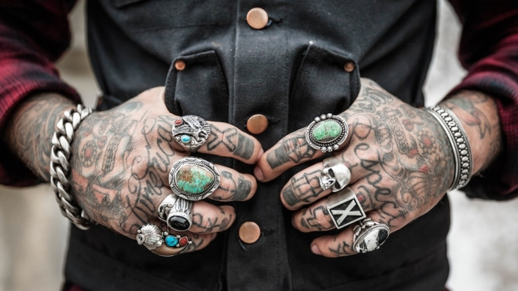 Tattoos liegen voll im Trend - doch oft genug verunstalten mit wenig Talent gesegnete Tätowierer ihre bemitleidenswerte Kundschaft fürs Leben.