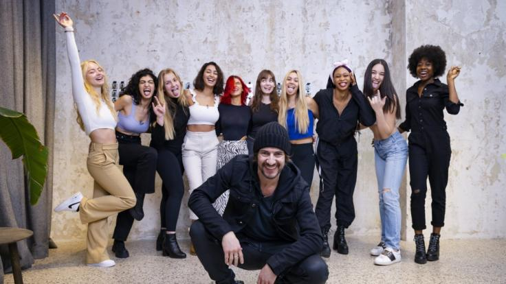 In Folge 12 müssen sich die GNTM-Teilnehmerinnen in Castings beweisen. Unterstützung kommt von Thomas Hayo! (Foto)
