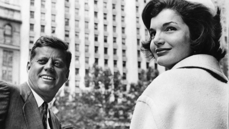 Vor den Kameras immer gut gelaunt: Jackie und John F. Kennedy. (Foto)
