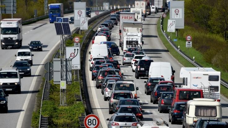 Am Wochenende droht auf vielen Autobahnen Stau.