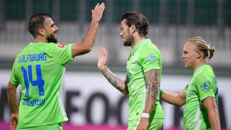 Der VfL Wolfsburg kämpft am Donnerstag gegen AEK Athen um den Einzug in die EL-Gruppenphase.